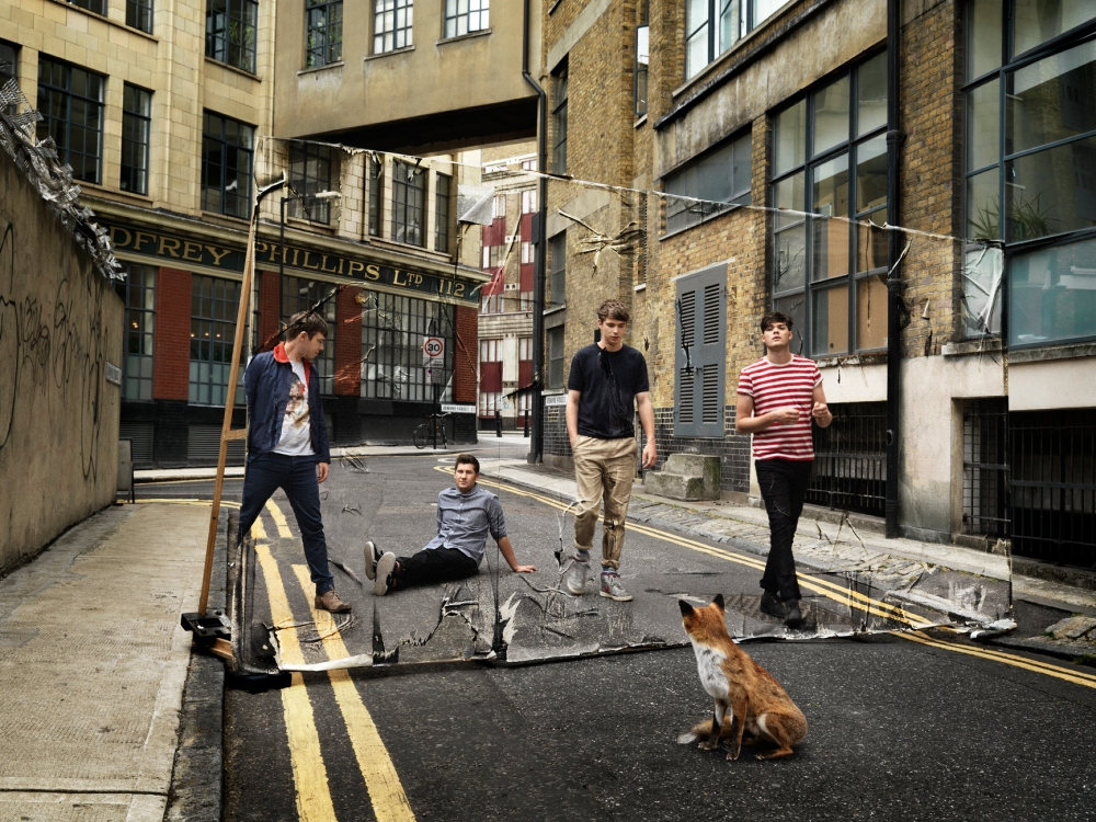 everything-band-on-street